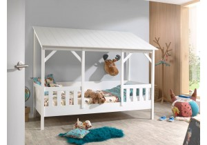 Kids-House-bed-wit-psslapen