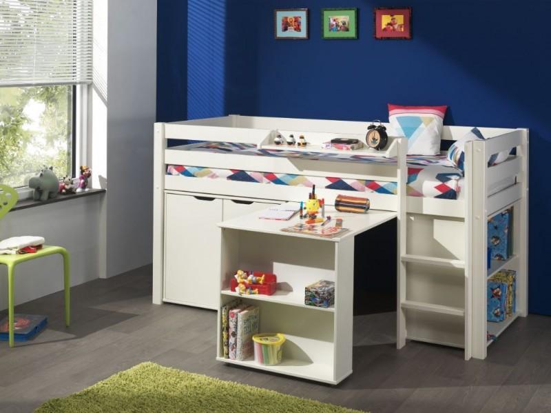 Halfhoogslaper-met-bureau-boekenkast